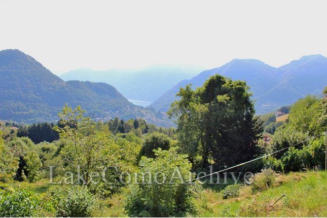 Land for sale in Casasco D'intelvi, Lake Como, Italy