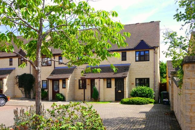 Thumbnail Semi-detached house to rent in Michaels Mead, Cirencester