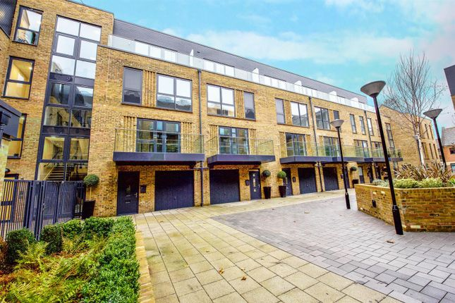 Thumbnail Town house for sale in Riverside, Swan Street, Old Isleworth