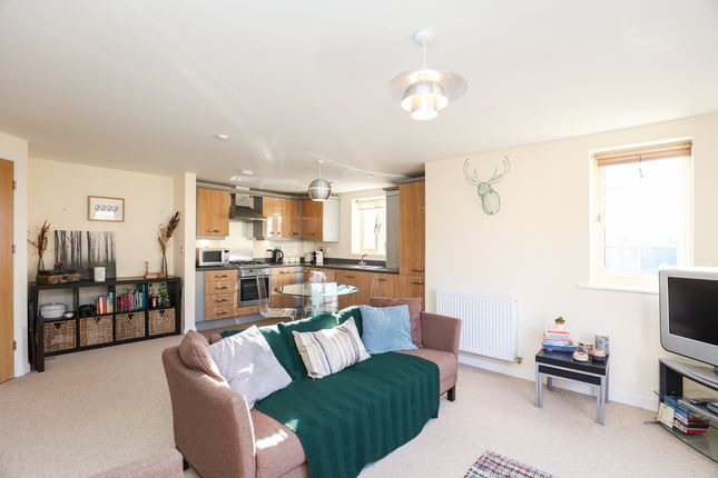 Thumbnail Flat for sale in The Spinney, Sheffield