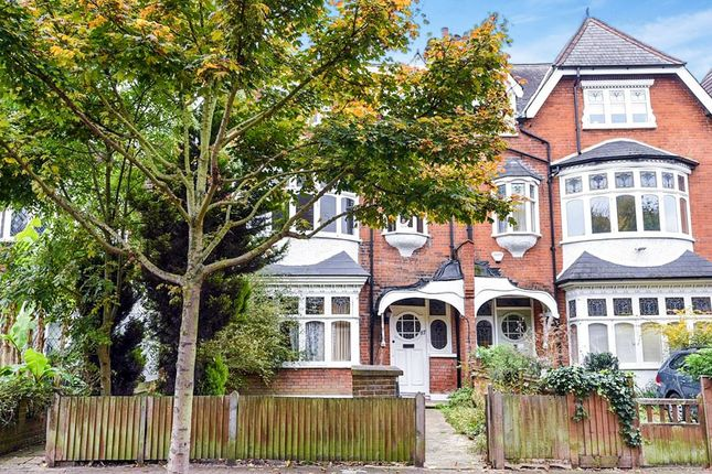 Thumbnail Flat for sale in Thrale Road, London