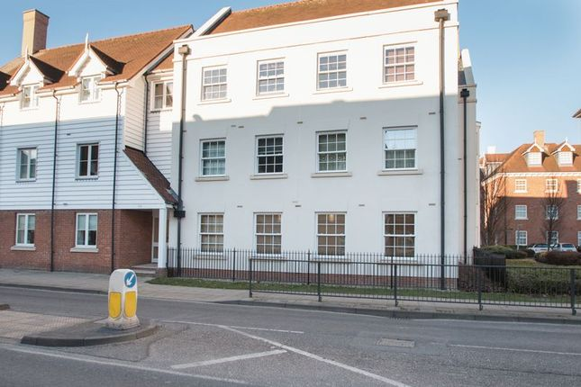 2 bed flat for sale in St. Agnes Place, Chichester