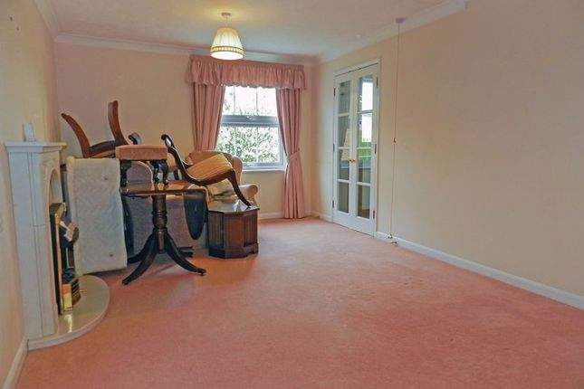 Lounge of Brampton Court, Chichester PO19