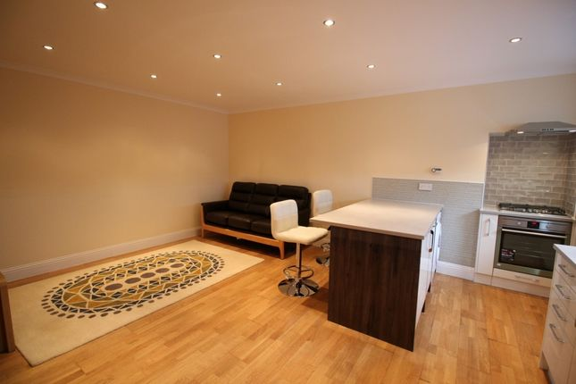 Thumbnail Flat to rent in St Patrick Square, Newington, Edinburgh