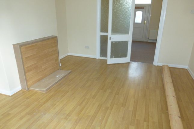 Thumbnail Flat to rent in Allerton Grove, Tranmere, Birkenhead