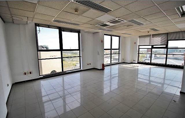 Thumbnail Office for sale in Calle Maria Tubau, Madrid (City), Madrid, Spain