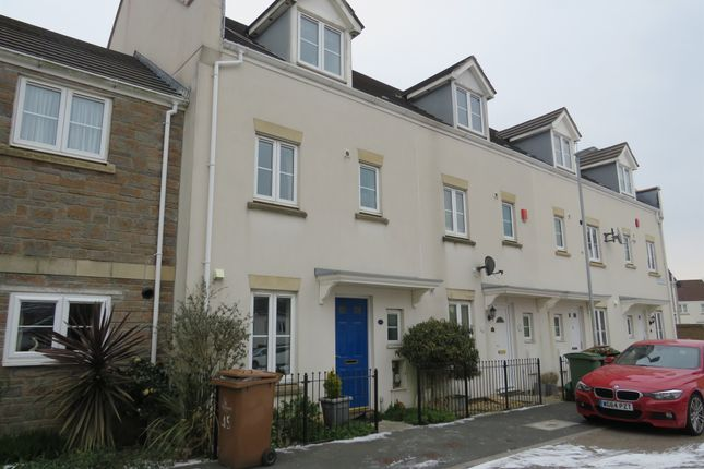 Thumbnail Town house for sale in Barlow Gardens, Plymouth
