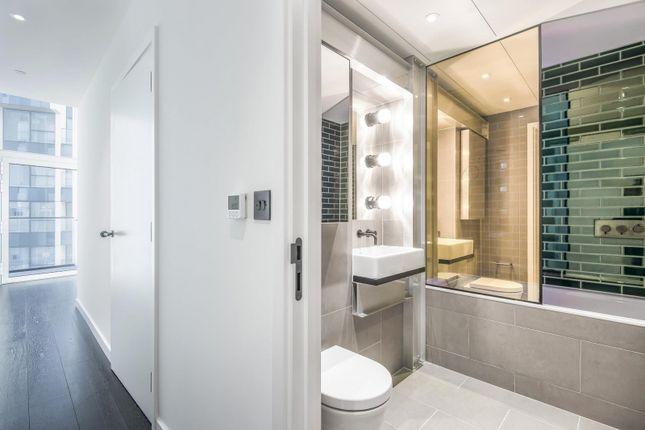 Bathroom of No.2, Upper Riverside, Greenwich Peninsula, Cutter Lane SE10