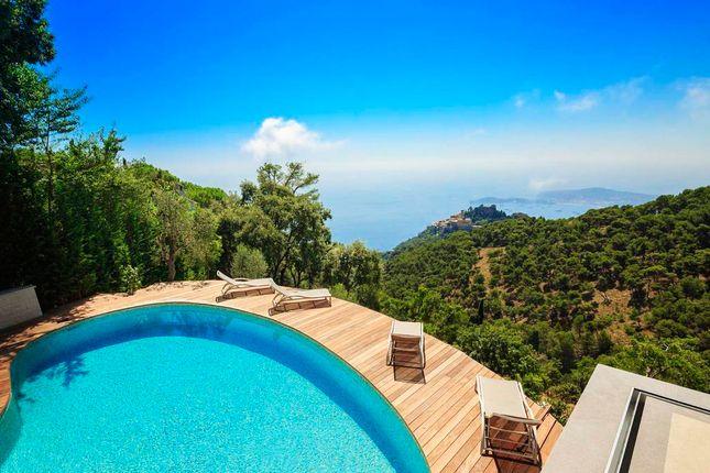 Thumbnail Villa for sale in Eze, Èze, Villefranche-Sur-Mer, Nice, Alpes-Maritimes, Provence-Alpes-Côte D'azur, France