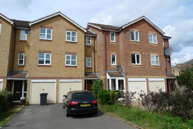 Thumbnail Town house to rent in Donald Woods Gardens, Surbiton