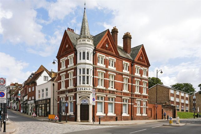 Thumbnail Flat for sale in High Street, Hemel Hempstead, Hertfordshire