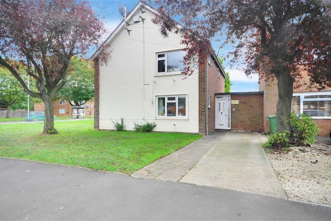 2 bed flat for sale in Windermere Drive, Warndon, Worcester