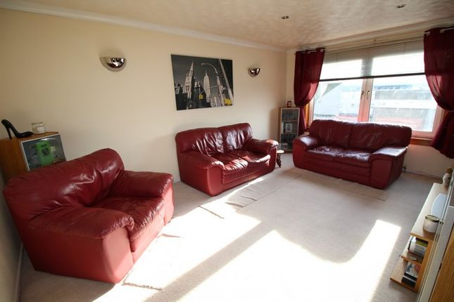 Picture1 of 45 Union Road, Grangemouth FK3