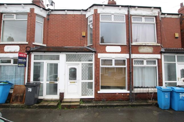 2 bed terraced house to rent in Jesmond Gardens, Hull HU9