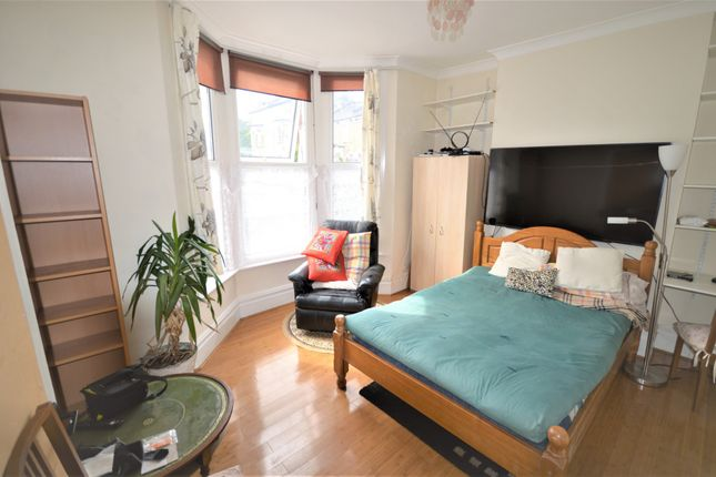 Thumbnail Flat to rent in St. Swithuns Road, Hither Green