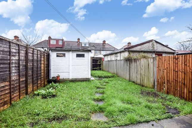 New Barns Avenue Mitcham Cr4 3 Bedroom Property For Sale