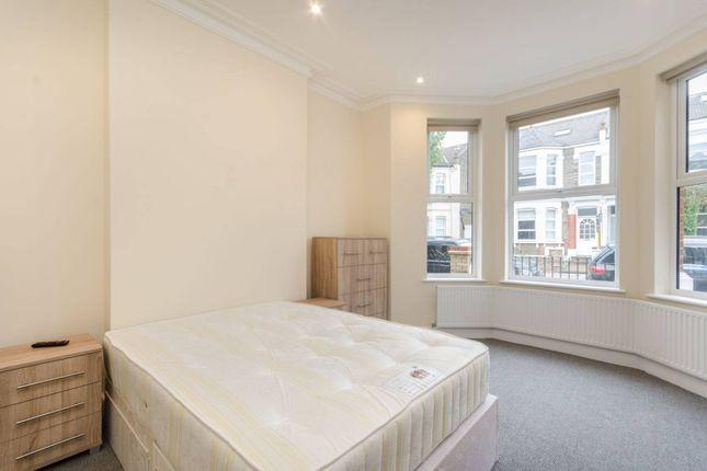 Thumbnail Flat to rent in Bathurst Gardens, Kensal Green