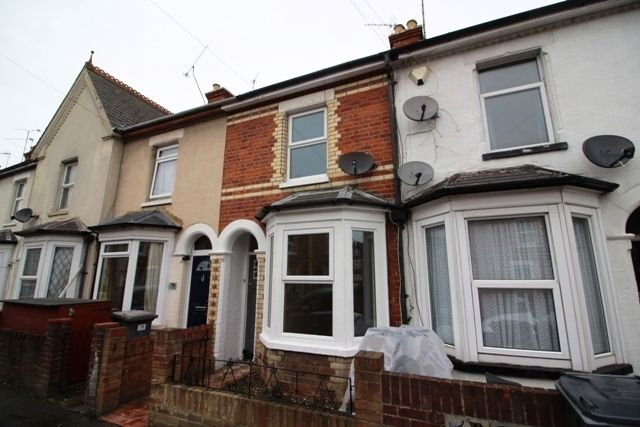 2 bed terraced house for sale in Norton Road, Reading