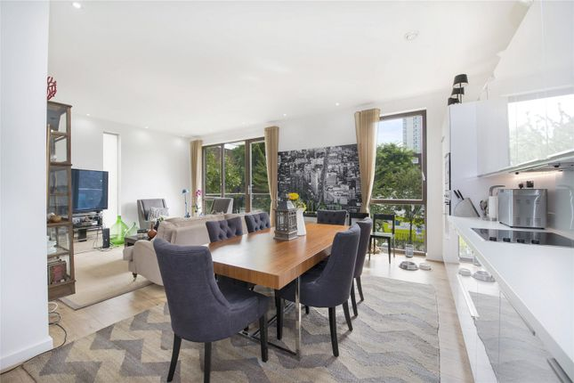 Thumbnail Flat to rent in 2 Cabanel Place, Lollard Street