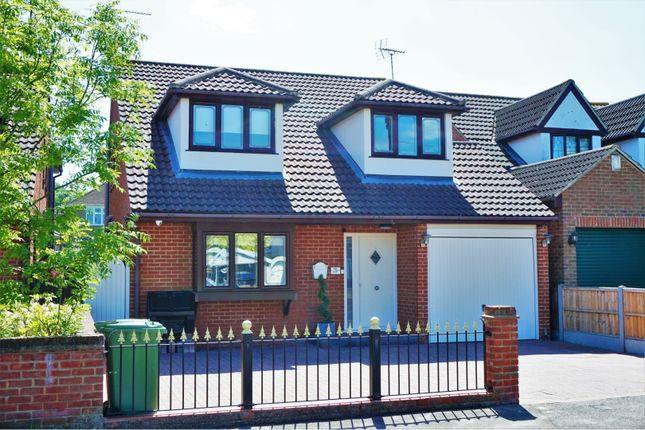Thumbnail Detached house for sale in Samuel Road, Basildon