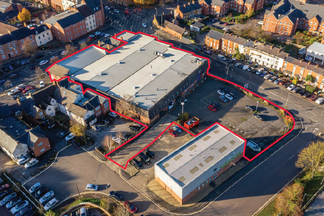 Thumbnail Retail premises for sale in North Bar Street And Bolton Road, Banbury