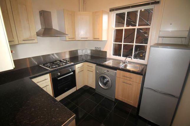Thumbnail Flat to rent in Windsor House, Westgate Street, City Centre - Cardiff