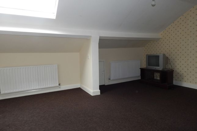 2nd Bedroom of Spen Lane, Gomersal BD19