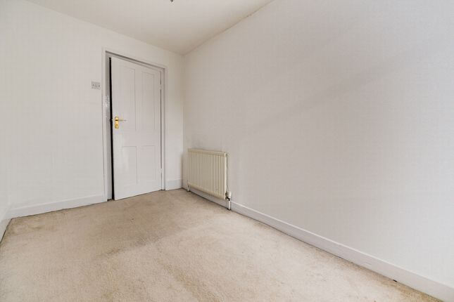 Bedroom of North Street, Bexleyheath DA7