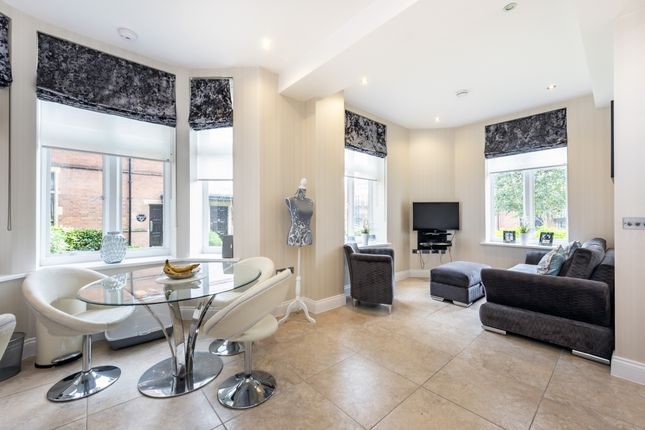 Thumbnail Semi-detached house to rent in Marlborough Drive, Bushey