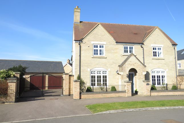 Thumbnail Detached house for sale in Paxton Drive, Stotfold, Hitchin, Herts