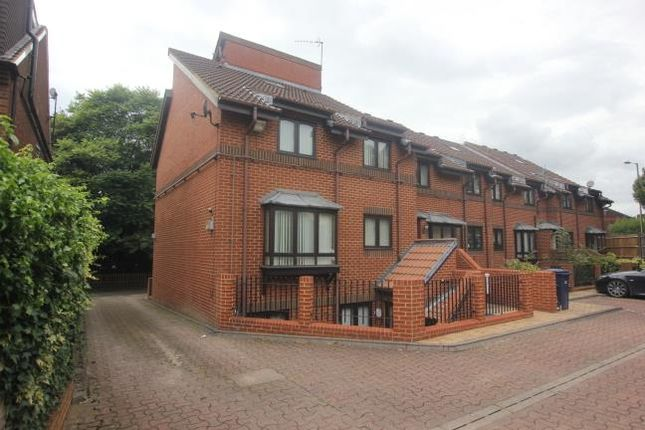 Thumbnail Property to rent in Everdale Court, The Causeway, London