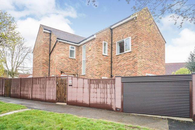 3 bed detached house to rent in Cambridge Crescent, Maidstone ME15