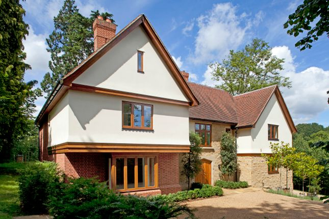 Thumbnail Detached house to rent in Holden Road, Tunbridge Wells