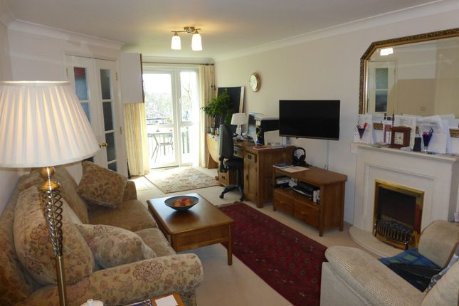 Thumbnail Flat for sale in Yeovil