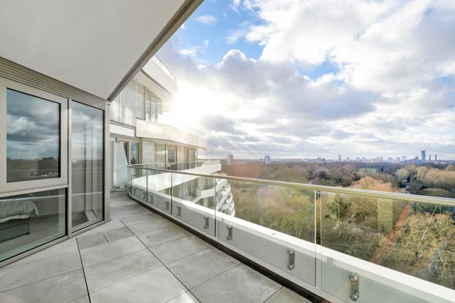 Thumbnail Flat for sale in Queenstown Road, Battersea