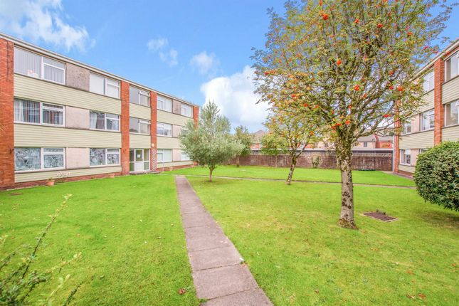 2 bed flat for sale in Philip Close, Heath, Cardiff CF14