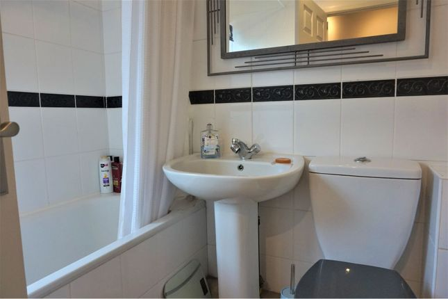 Bathroom of St. Lukes Road South, Torquay TQ2