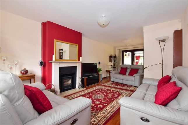 Lounge of Chequers Close, Istead Rise, Kent DA13