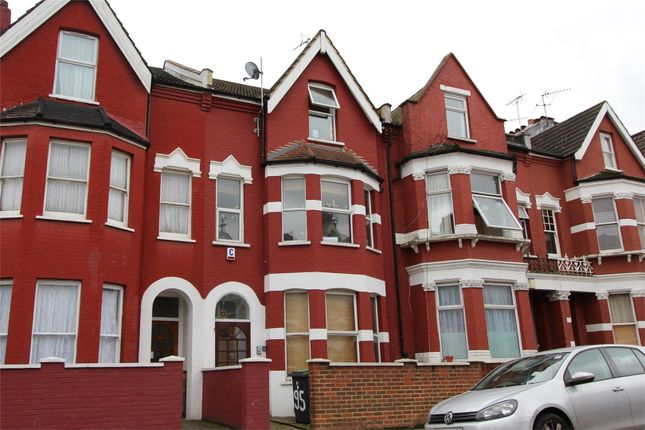 Thumbnail Terraced house to rent in Burgoyne Road, Finsbury Park