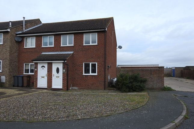 End terrace house to rent in Carr Avenue, Leiston