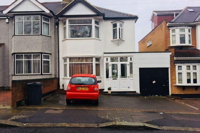 Thumbnail Semi-detached house to rent in Roding Lane South, Redbridge Ilford
