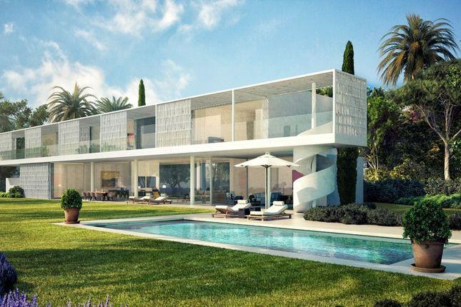 Villa for sale in Casares, Costa Del Sol, Spain