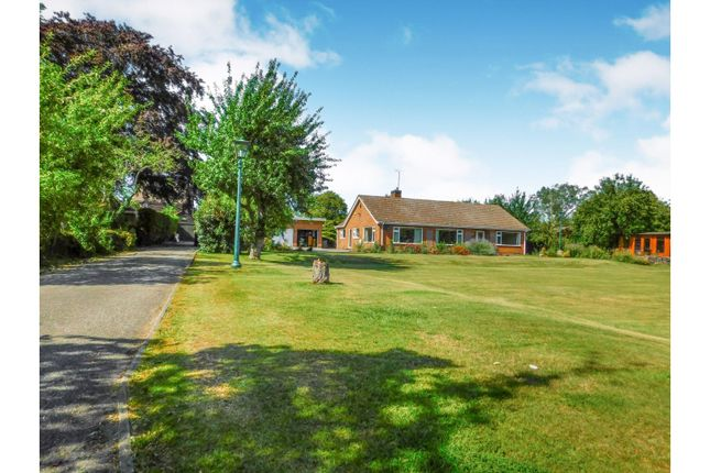 Thumbnail Detached bungalow for sale in Cotgarth Lane, Willingham By Stow