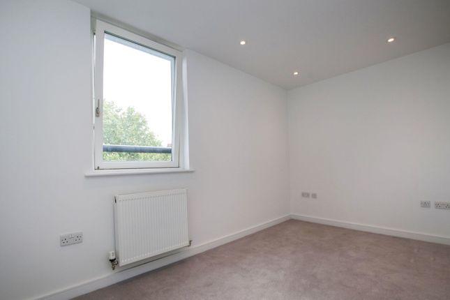 Bedroom of 100 Lavender Hill, Battersea SW11