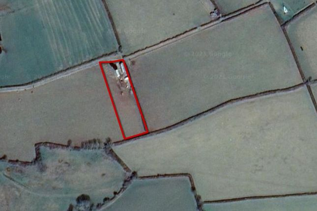 Land for sale in Barn, Yard And 1 Acre Paddock, Clynderwen, Pembrokeshire, Wales SA667Xt SA66