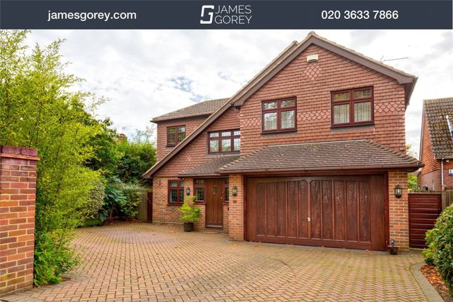 Thumbnail Detached house for sale in Hawthorne Road, Bromley
