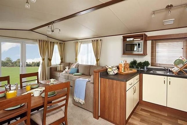 Thumbnail Mobile/park home for sale in North Sea Lane, Humberston, Grimsby