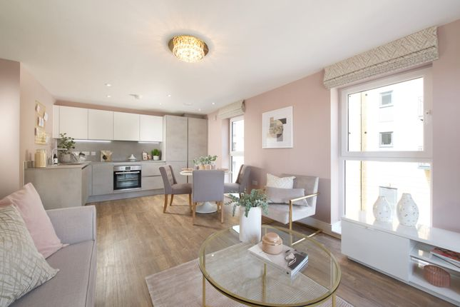 Thumbnail 2 bed flat for sale in 173 Elm Quay, Endle Street, Southampton