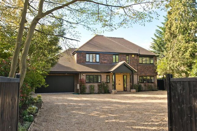 Thumbnail Detached house for sale in Cobham Road, Fetcham, Leatherhead, Surrey