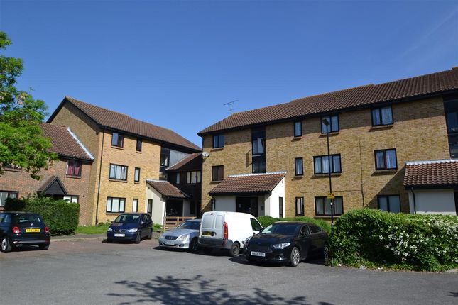 Studio for sale in Badger Close, Feltham